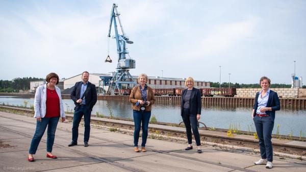 Abgeordnete des Arbeitskreise Wirtschaft und Häfen und Schifffahrt